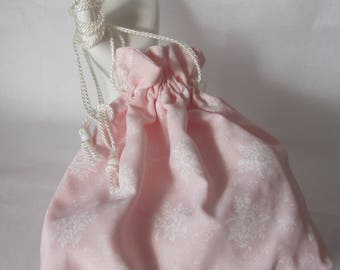 Vintage Style Drawstring Purse. Evening Bag. Pink with White Floral Bouquets.