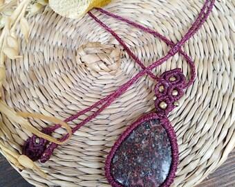 Jasper Chic Hippie Necklace in macrame, healing jewelry, macrame jewelry