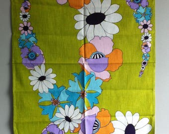 Vintage Tea Towel, 1960's flower power, 100% cotton, as new.