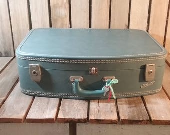 Retro Blue Suitcase, Vintage Suitcases, Old Luggage, Travel Box, Vintage Blue Suitcase, Movie Prop, Photo Shoot Prop, Suit Case, Luggage