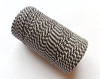 Bakers Twine string - 1O0 m - black and white 4 ply - gift wrapping, food, decor, scrapbooking