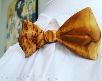Wavy Olivewood Bow Tie