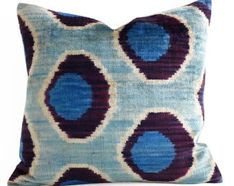 SALE ! - Handwoven ikat pillow, velvet pillow, ikat, blue, velvet, throw pillow, decorative pillow, pillow, ikat pillow, blue velvet pillow