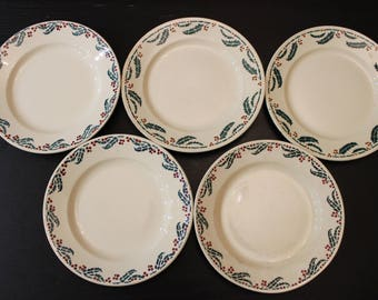 Set of 5 plates Holly pattern