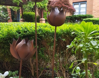 Set of 3 Rusted Metal Lotus Garden Stakes Decor Indoor Outdoor Bespoke