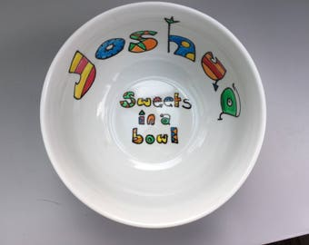 Hand painted personalised sweet bowl. Personalised with a name