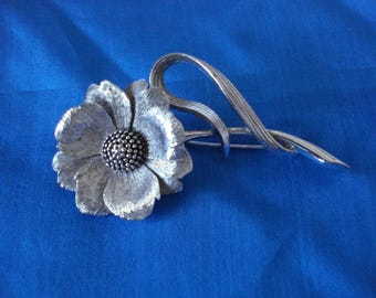 Flower brooch/pin by Marcel Boucher marked Maboux