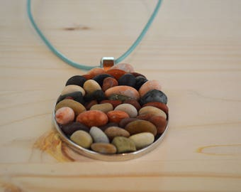 Beach pebble necklace - silver