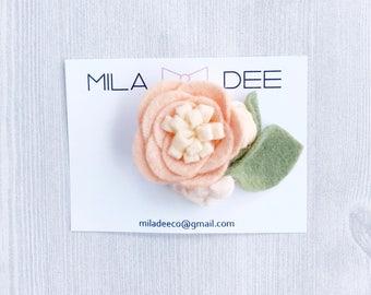 Coral and Peach Felt Flower Hair Clip • Felt Flower • Alligator Clip • Hair Clip • Baby Hair Accessories • girl hair clip • baby shower