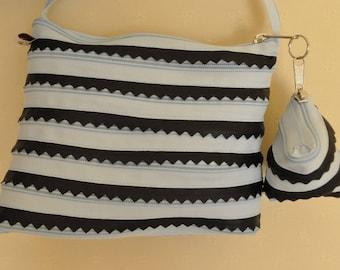 blue sky and blue sky trim bag Navy fully zipper