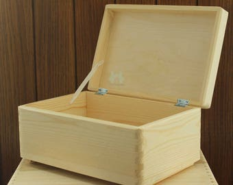 Plain Wooden box to Decorate. Christmas Eve Box. Christmas Box. Night before Christmas. Xmas Eve Box. Small Christmas Eve Box. Xmas Eve.