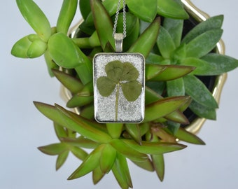 Genuine 4 Leaf Clover Necklace [AC 001] / Stainless Steel Chain / White Clover Pendant / Triforium Repens Gift / Good Luck Charm