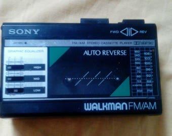 Vintage Sony Walkman Fm/am Wm-f18/f28 Auto Reverse Cassette Player W/ Equalizer