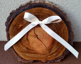 Rustic Wooden Ring Bearer Slice, Wedding Ring Bearer Pillow, Rustic Ring Bearer Cushion, Page Boy Wood Slice