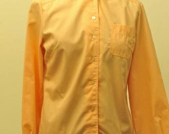 """Original 60's early Modernist ladies shirt, Empire made, permeant press, 18.5"""" pit to pit."""