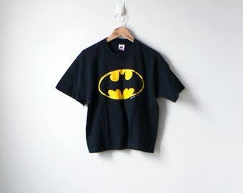 90s Batman T-Shirt - 90s T-Shirt - Vintage T-Shirt - Batman Shirt - Vintage Comics T-Shirt - Vintage Batman - Cartoon T-Shirt - Men's L
