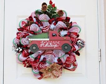 Red Truck Christmas Wreath, Christmas Wreath, Happy Holidays, Deco Mesh Wreath, Rustic Wreath with Buffalo Plaid