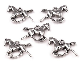 100 Pendant horse/pony, 15 x 18 mm, Platinum