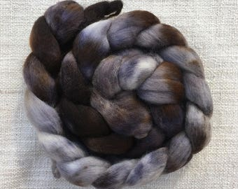 Merino roving 100 grams shades of grey/orange/brown