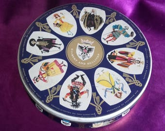 Rare Vintage W & R Jacob and Co. LTD. Gilbert and Sullivan Opera Character Biscuit Tin Liverpool by Appointment to her Majesty The Queen