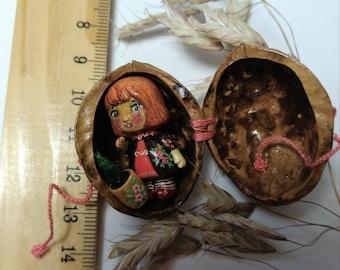 "Lesya OOAK Wooden Miniature 3cm 1.2"" Art Doll by Julia Arts"