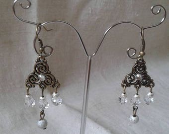Earrings bronze triangle and beads