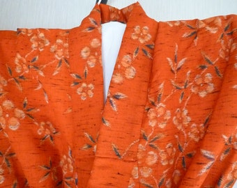 Red Kimono Vintage Japanese Robe, Casual Wear, Gown, Lounge Wear, Japanese Wall Decor, Gifts, Coverup,