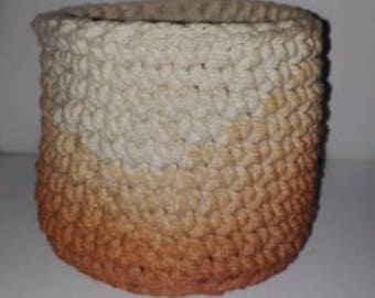 XS crochet baskets natural dye