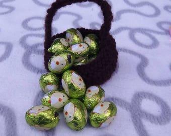 Easter basket, chocolate egg holder, hand knitted