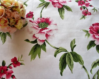 Pretty floral cotton fat quarter - very shabby chic!  Pink blooms with green leaves