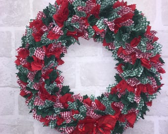 Winter Christmas Wreath,  Red and Green Door Decòr, Kitchen Table Centre Piece Decoration, Approx - 15 INCHES.
