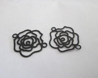 2 flower prints / connector filigree black 15 x 13 mm