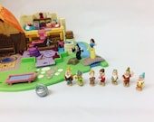 Vintage 1996 Disney Snow White Polly Pocket Light Up Cottage Playset  Immaculate  Complete