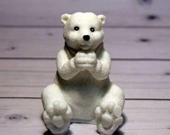 Mold white bear