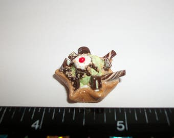Dollhouse Miniature Handcrafted Mint Chocolate Chip Ice Cream Waffle Bowl Dessert Food for the Doll House 1224