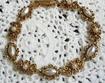 Vintage Florenza victorian revival filigree goldtone and pearl link bracelet