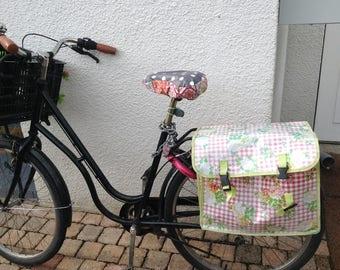 Protects bike