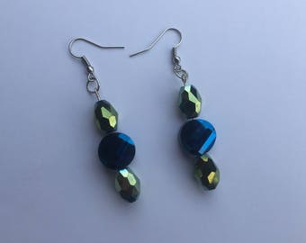 earring,blue earring, beaded earring,beaded earring,short earring,lightweight earring,silver  ,handmade earring,handmade,jewelry