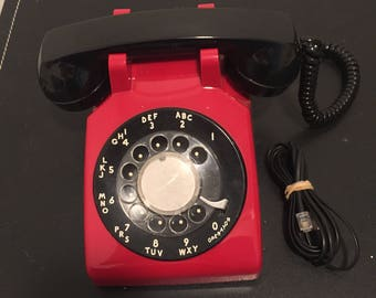 Vintage Art Deco Red and Black Bell System Property Model 500 Rotary Telephone - Retro