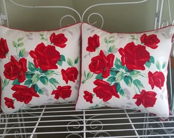 Vintage Wilendur Red Roses Pillow cover