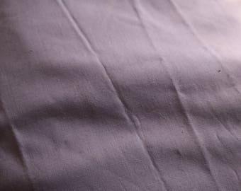 25 Vintage lilac cotton