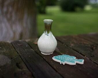 Chattered Textured Jade Green Bud Vase