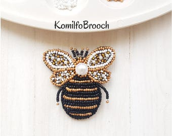 Bee brooch beaded bee pin embroidered insect beded insect