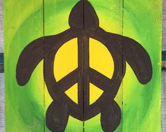 Peace Turtle Beach Art, Turtle Pallet Art, Marine wood art, Coastal Decor