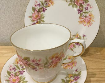 Trio ~ Colclough, English vintage fine bone china teacup, saucer and side plate trio in 'Wayside' pattern. Circa 1960s.