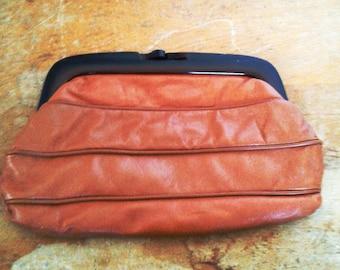 Vintage Leather Italian Clasp Purse