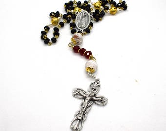 Our Lady of Loreto Rosary - Notre Dame of Loreto - Virgin Mary rosary in red and black crystals - Murano Glass Rosary Catholic prayer beads