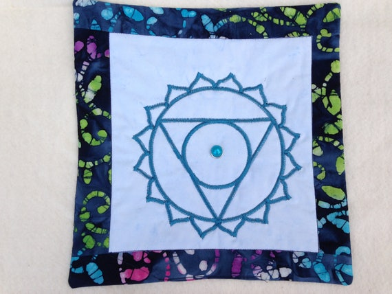Meditation Quilt Throat Chakra-Balancing