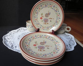 4 Dessert Salad Plates by EPOCH Country Crewel Korea 591