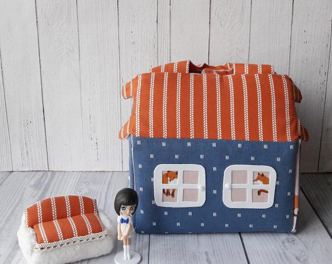 Carry Along Toy Portable Dollhouse Travel dollhouse kit Doll house bag Fabric dollhouse Gift for girl Soft dollhouse